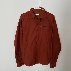 Men's Columbia Long Sleeve Button Up (S)